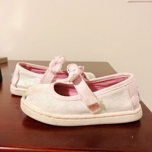 Baby Toms - size 5 girls